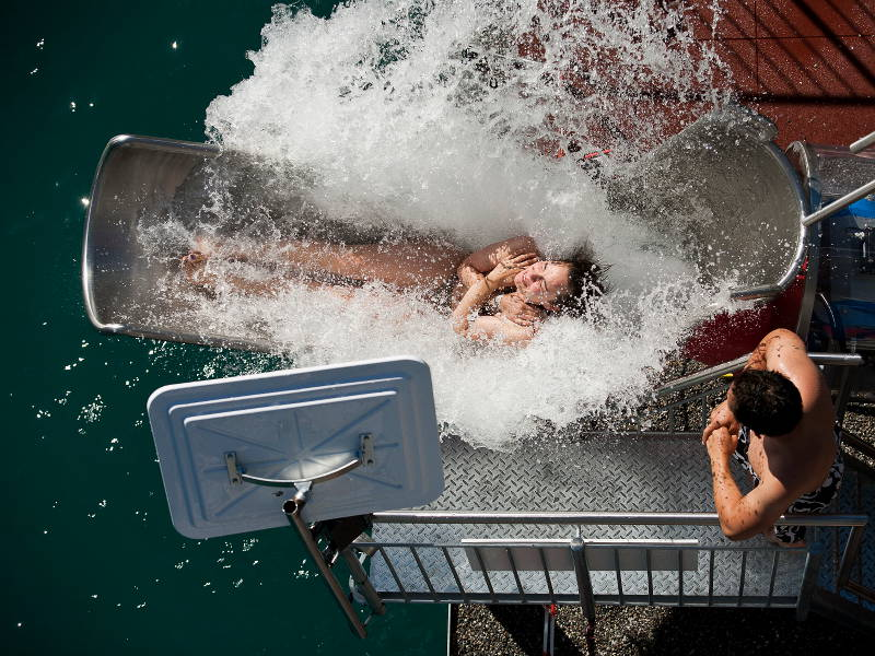 15_most_extreme_water_slides_in_the_world_10