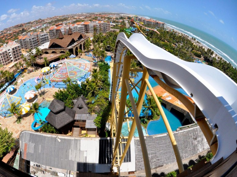15_most_extreme_water_slides_in_the_world_12