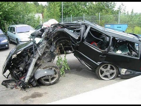 freakiest_car_crashes_12