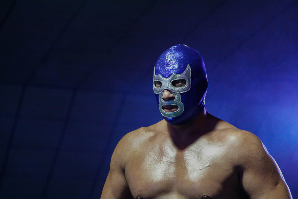 5-most-daredevil-mexican -pro-wrestlers-05