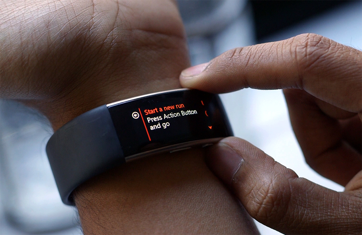 should-you-pick-up-apple-smartwatch-samsung-gears2-or-07
