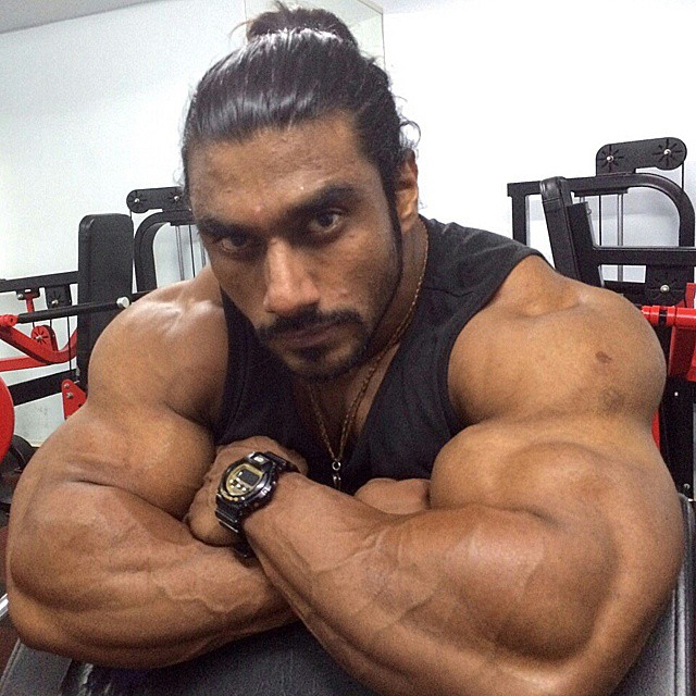 the-5-most-bulked-up-indian-bodybuilders-08