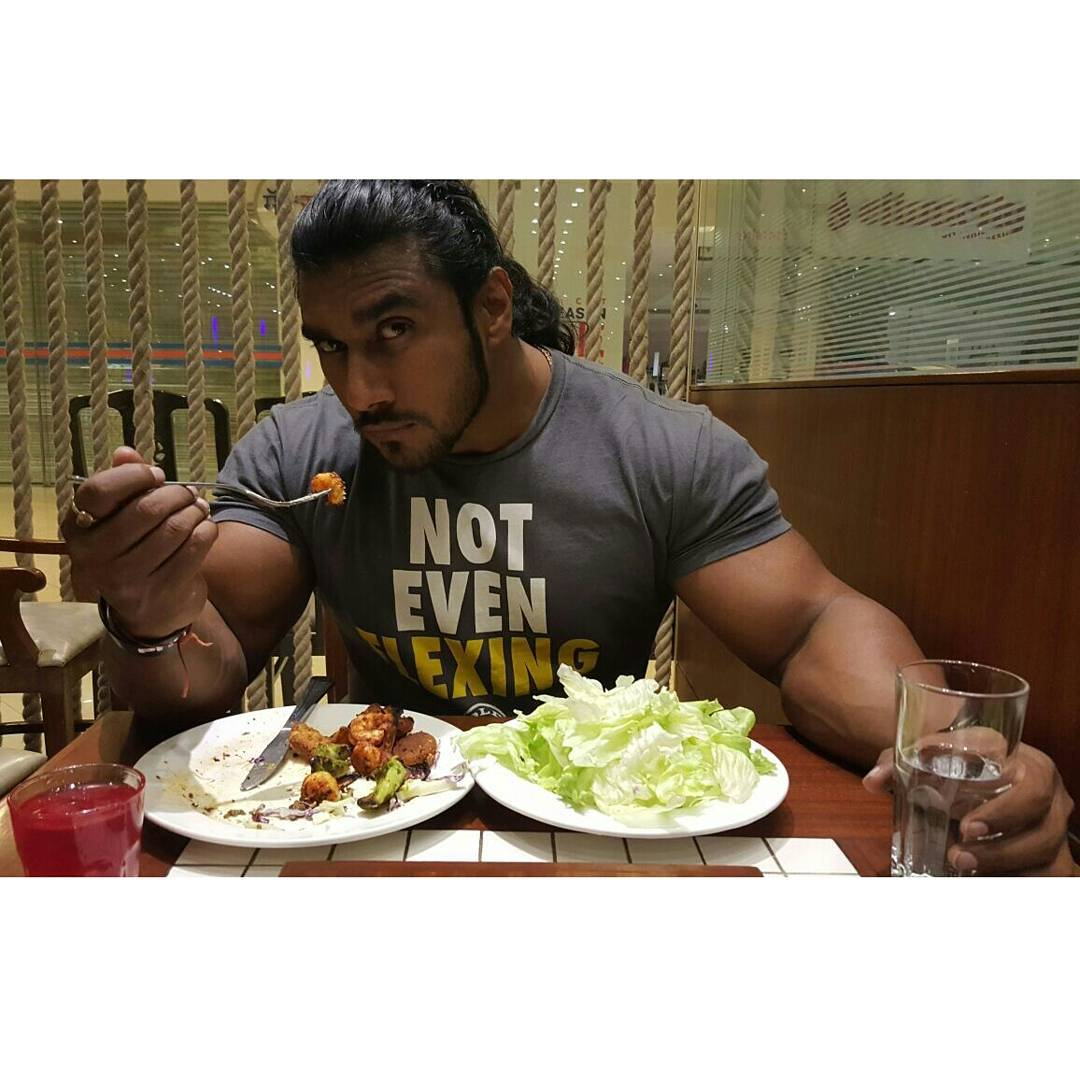 the-5-most-bulked-up-indian-bodybuilders-11
