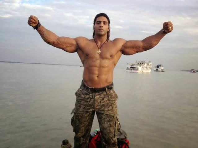 the-5-most-bulked-up-indian-bodybuilders-13