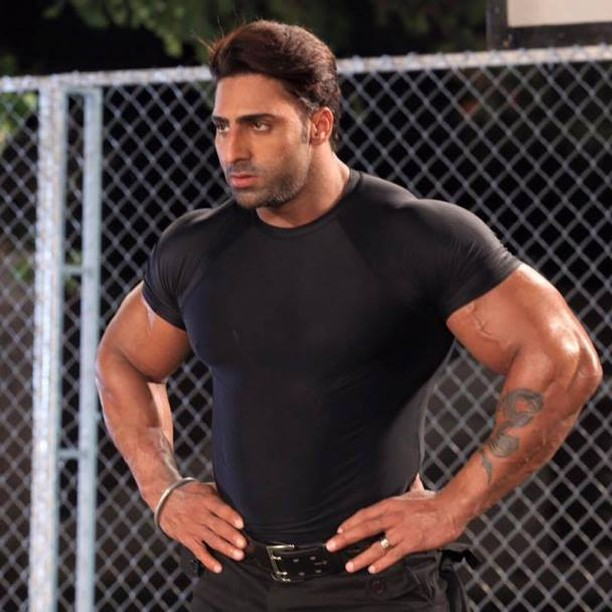 the-5-most-bulked-up-indian-bodybuilders-22