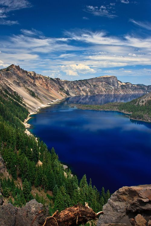 14-most-gorgeous-lakes-on-the-planet-003