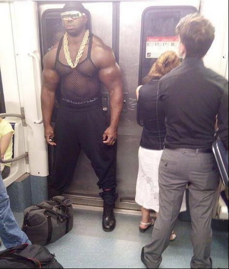 exceptionally-bizarre-subway-people-10