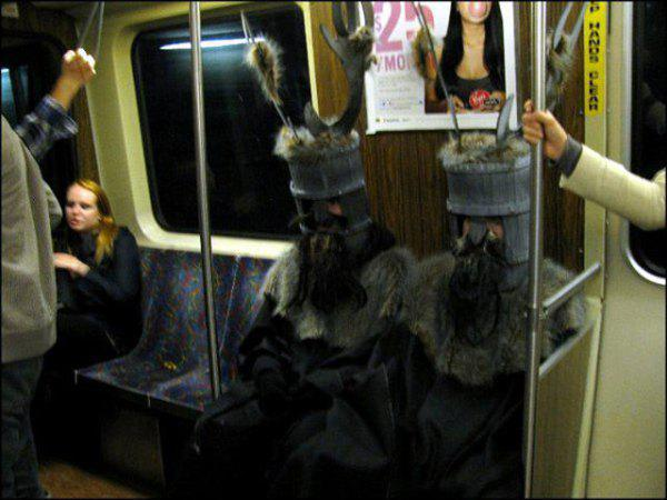 exceptionally-bizarre-subway-people-12