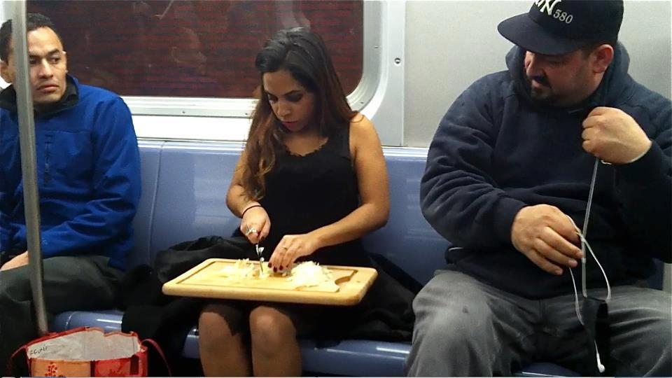exceptionally-bizarre-subway-people-19