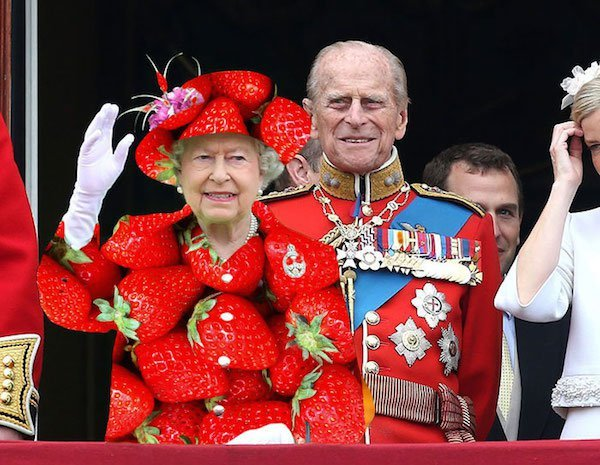 the-green-screen-queen-elizabeth-05