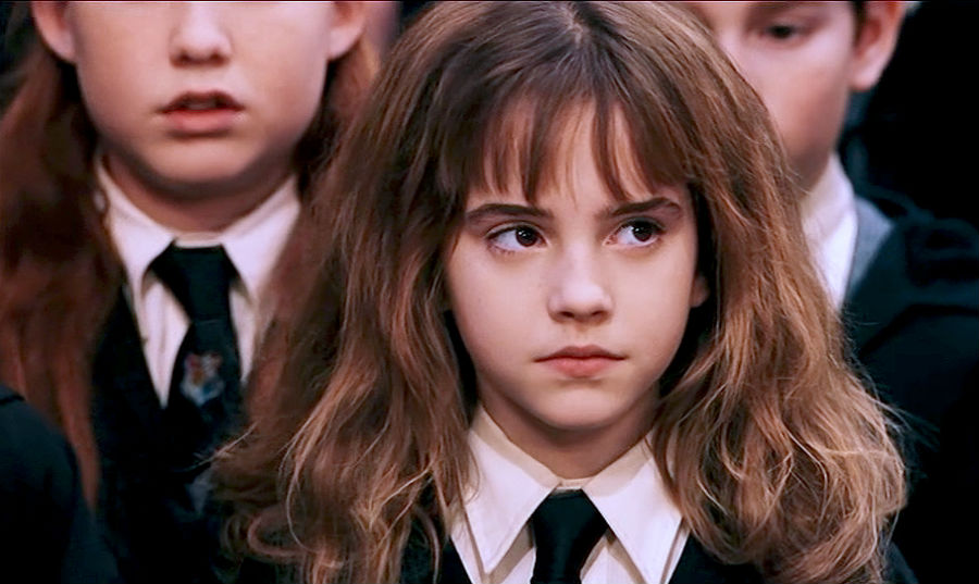 the-incredible-evolution-of-emma-watson-from-hermione-granger-to-belle-the-beauty-01