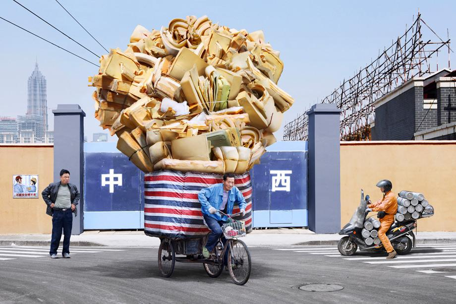asia-bike-courier-face-off-china-vs-vietnam-10