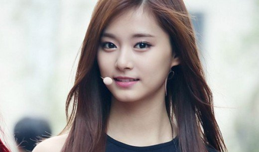10-most-gorgeous-k-pop-idols-9-Tzuyu-2