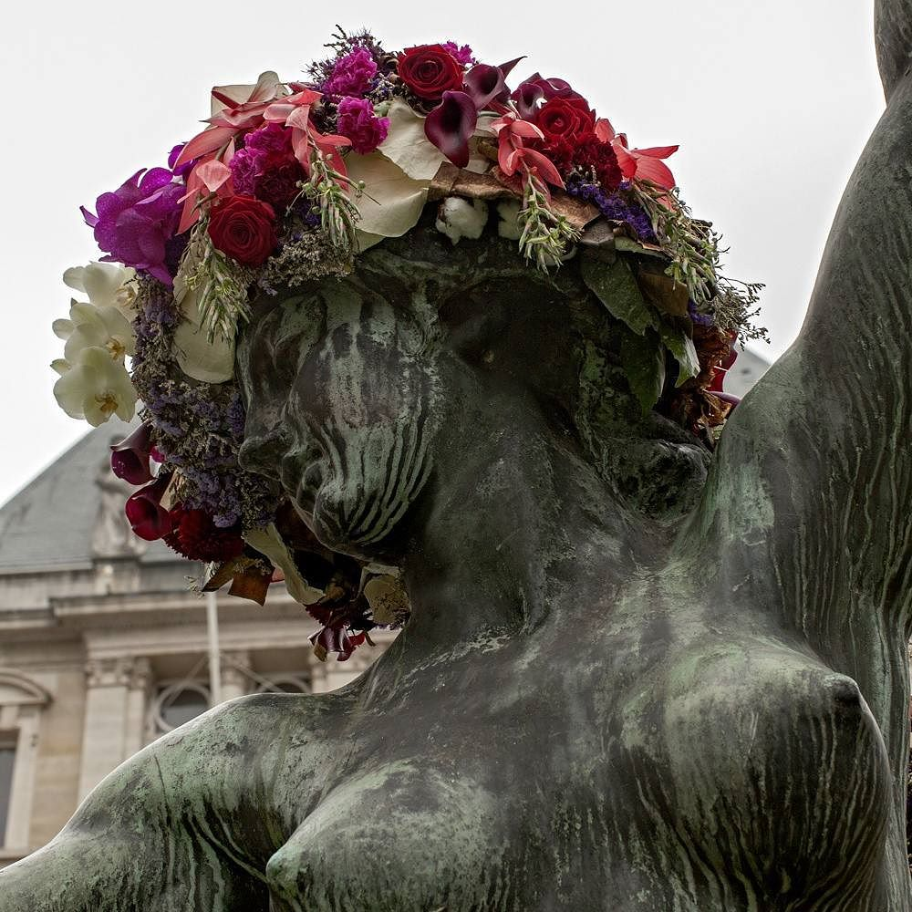geoffroy-mottart-statues-flower-crowns-beards-13