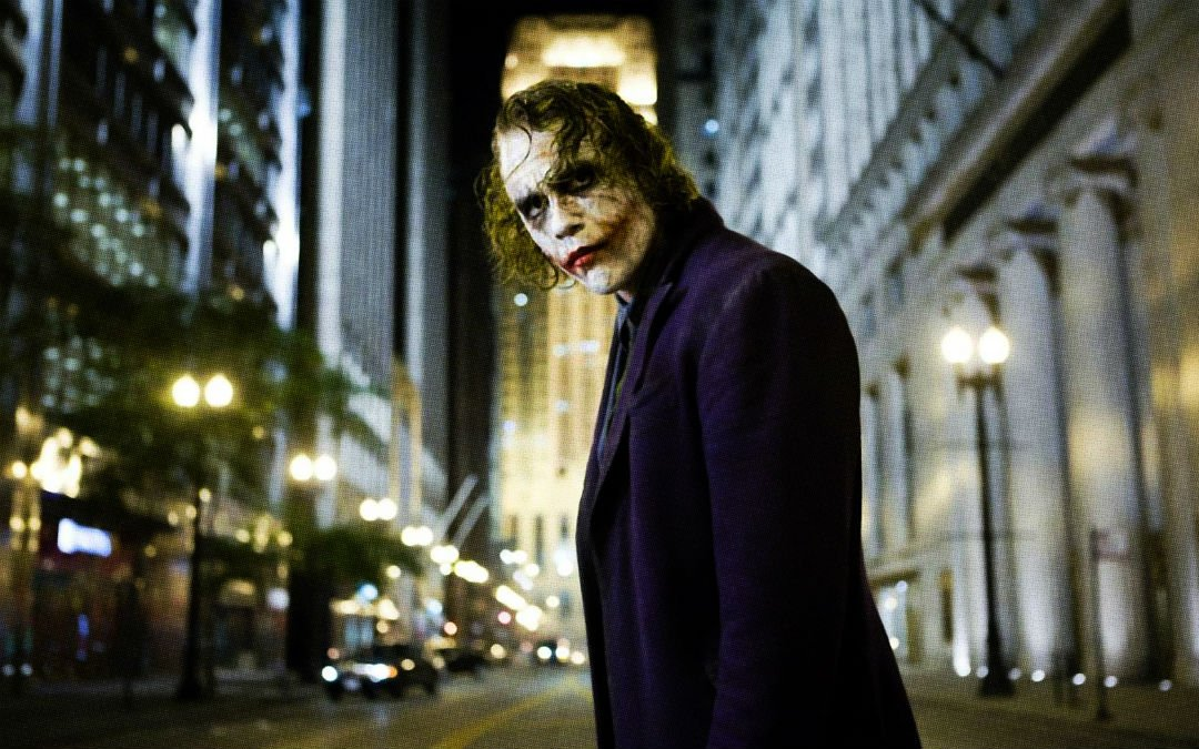 3-most-dangerous-roles-Heath-Ledger–The-Dark-Knight