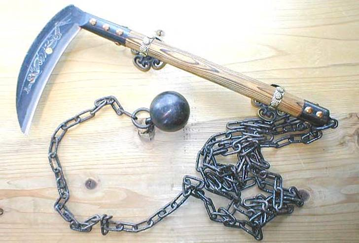 7-deadly-ninja-weapons-kusarigama