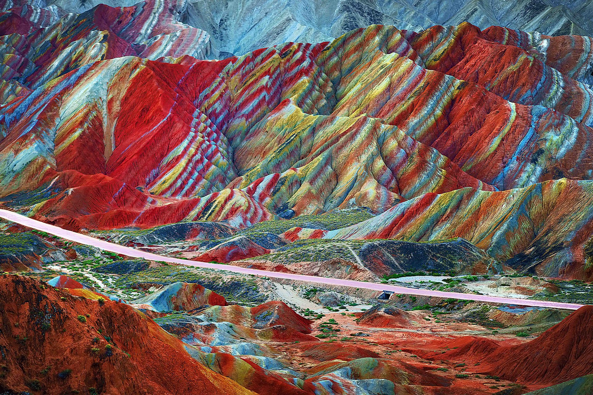 9-The rainbow mountains of Zhangye Danxia, China