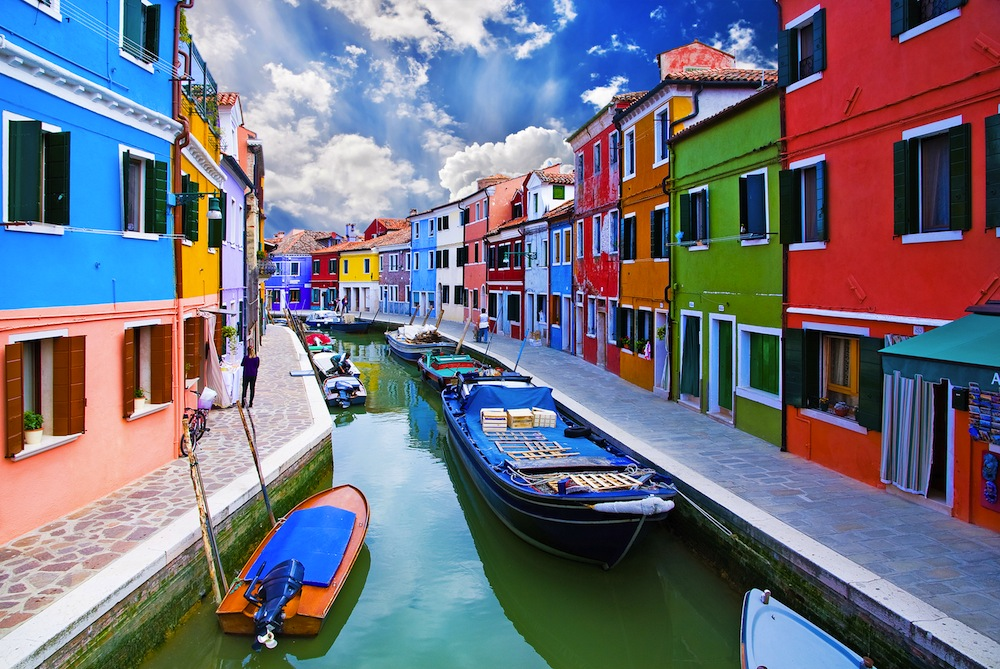 10-most-crazy-colored-places-on-earth10