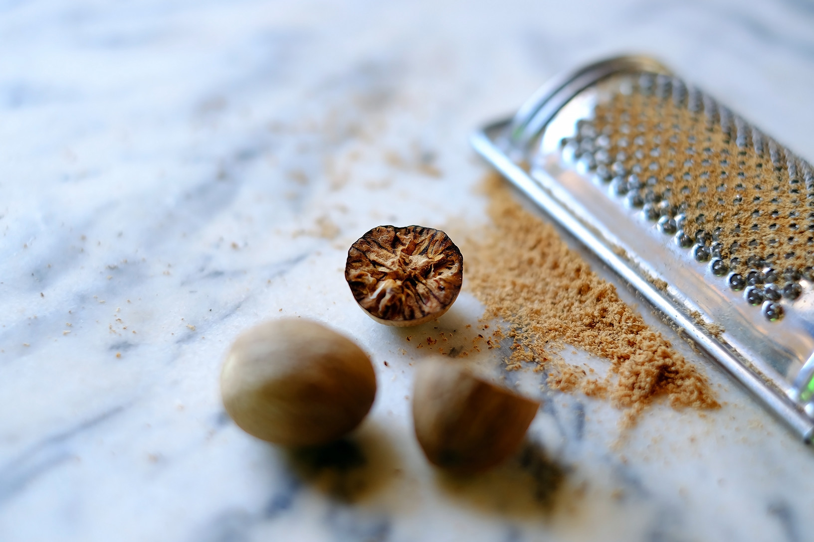 deadly-foods-5-nutmeg