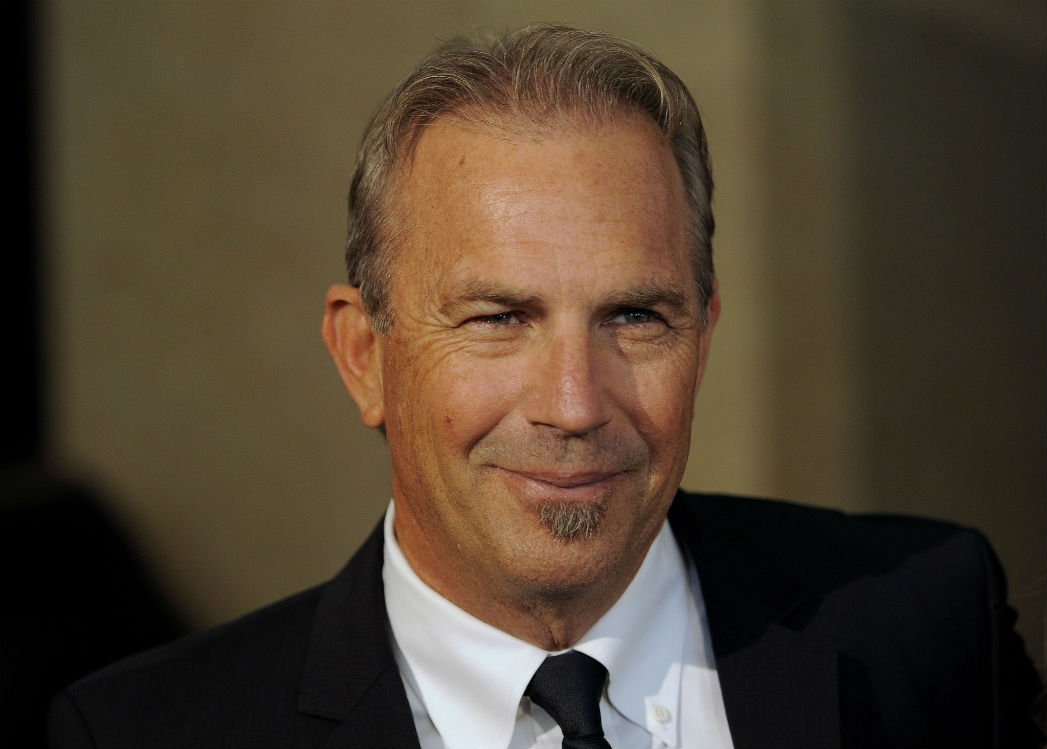 failed-celebs-04-kevin-costner
