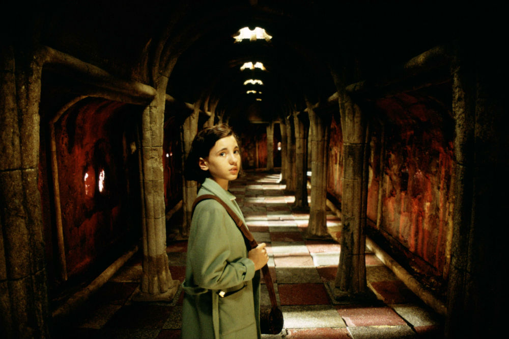 top-10-movies-where-the-villain-kills-the-hero-06-pans-labyrinth