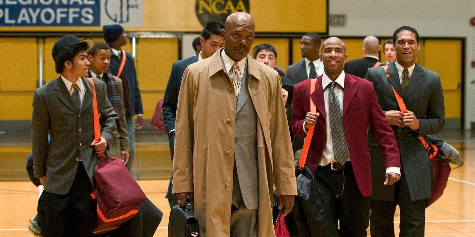 top-10-sports-movies-04-coach-carter