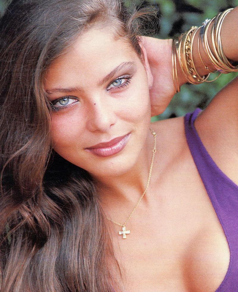 10-samyh-krasivyh-italianskih-aktris-05