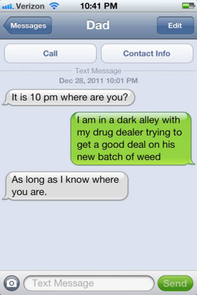 dad-jokes-dad-textiing (4)