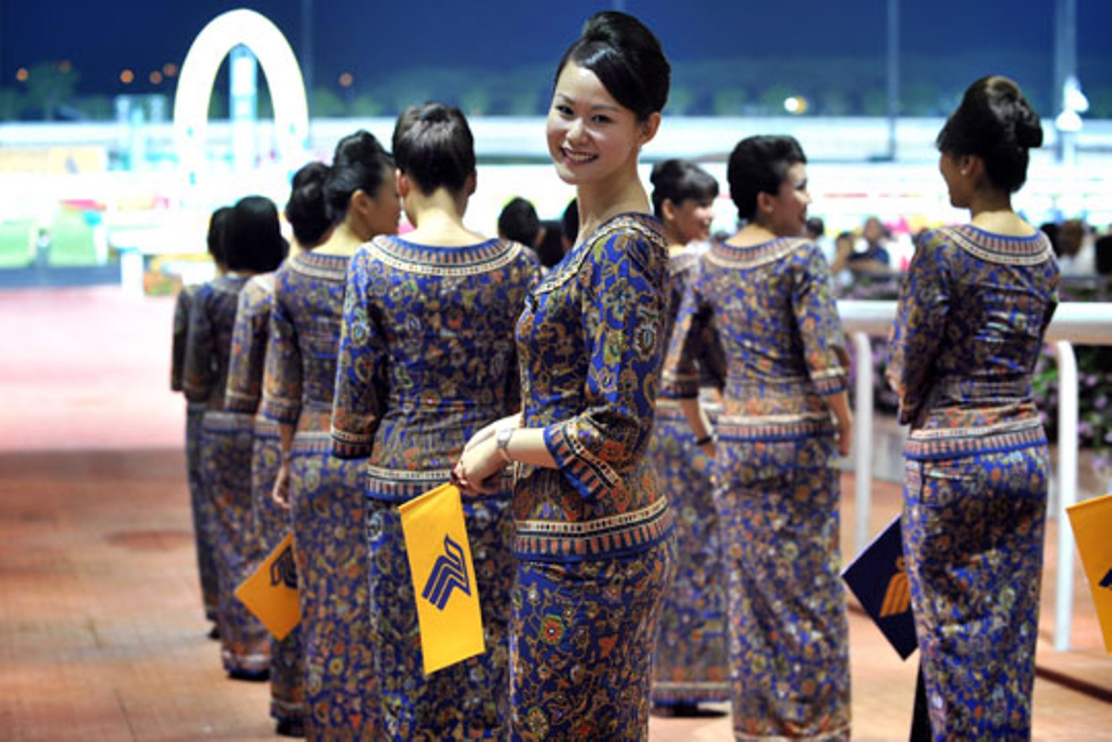 hottest-flight-attendants-stewardesses-2-singapore-airlines