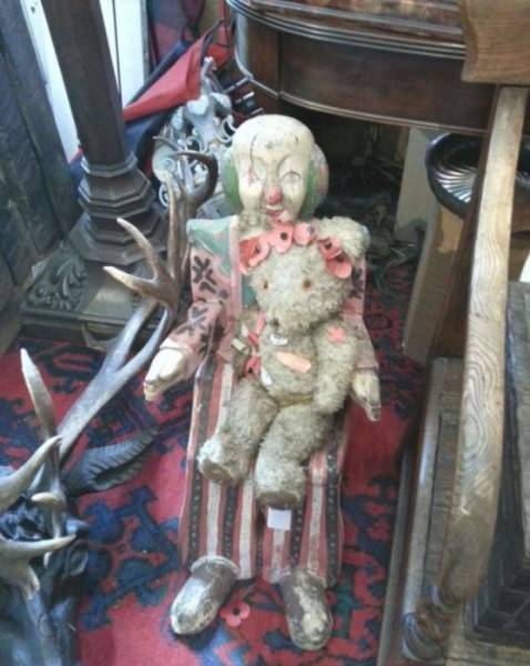 weird-thrift-store-items-18