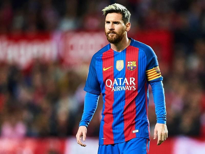 Lionel Messi (Barcelona) - US $ 462.400 | Os 10 jogadores de futebol mais bem pagos do mundo | Brain Berries