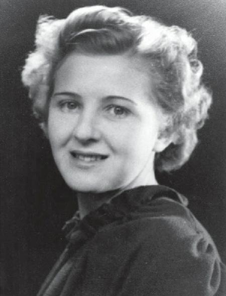 «Железные леди»: жены и любовницы самых известных мировых диктаторов #3 | Brain Berries