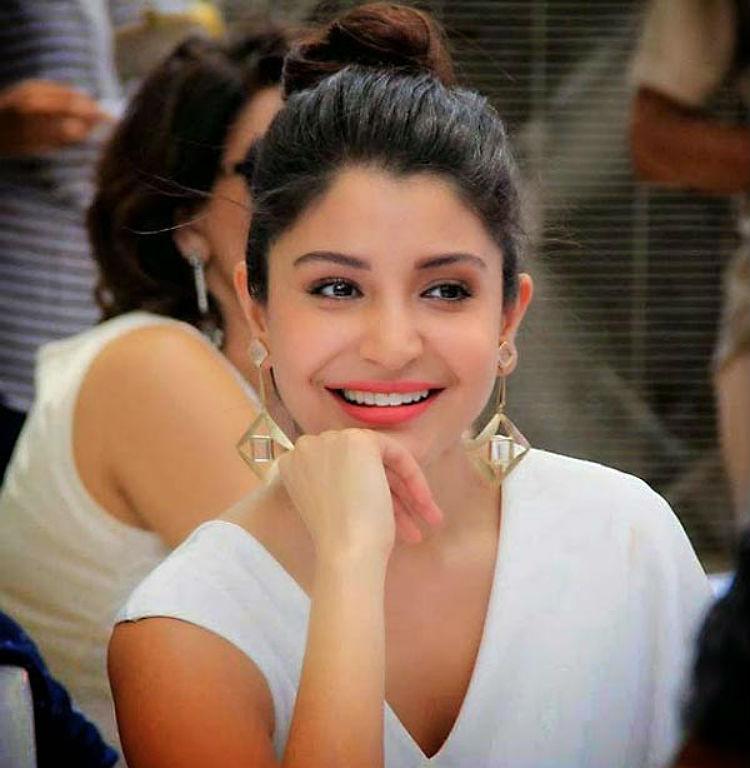 Nondon blog_Anushka-Sharma-Rising-Bollywood-Actresses