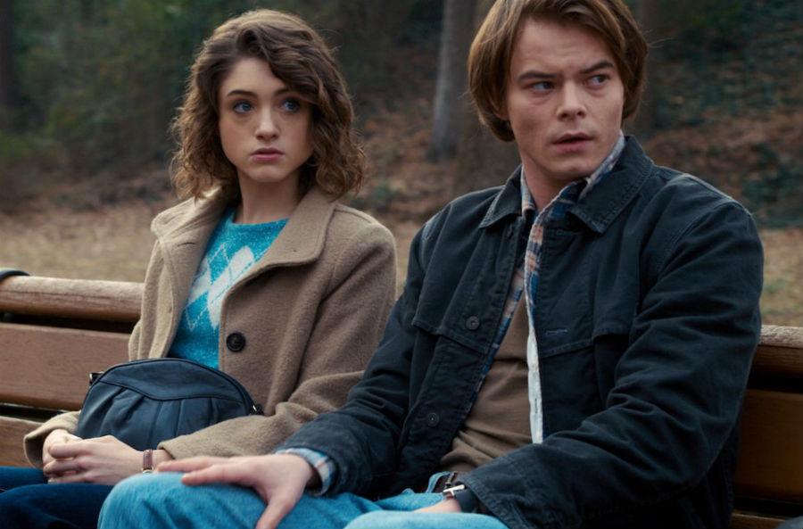 Nancy și Jonathan, Stranger Things   | 11 Personaje TV care au avut întâlniri cu oameni care nu erau la același nivel cu ei | Brain Berries