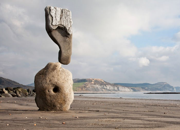 21 Physics-Defying Sculptures That Will Wrinkle Your Brain #3 | Brain Berries