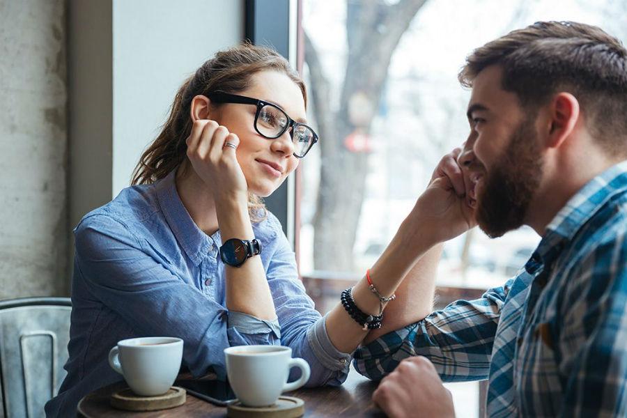 8 Things Men Look For in a Woman   ZestRadar