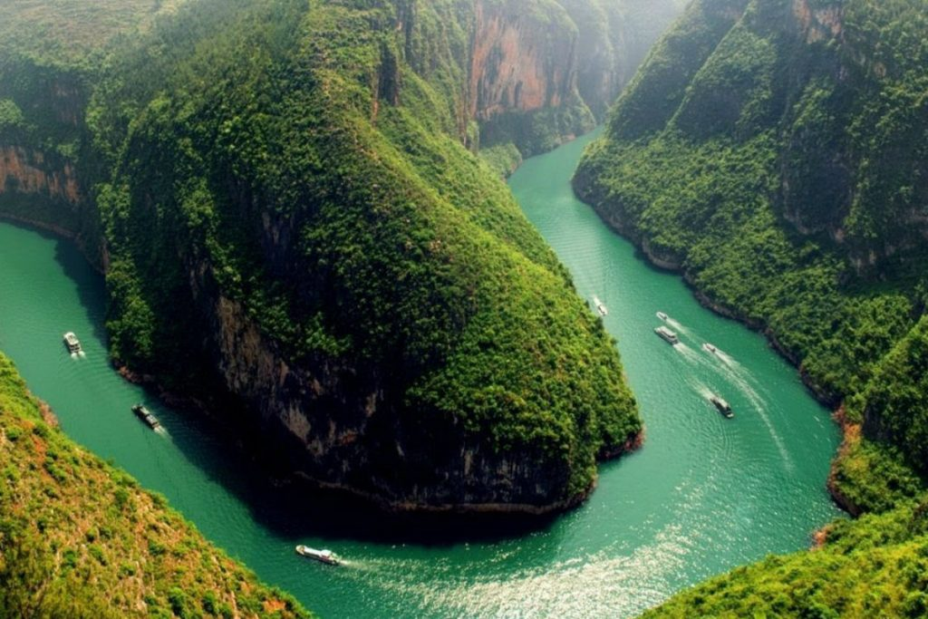 Basin Of Yangtze River, China | Zestradar