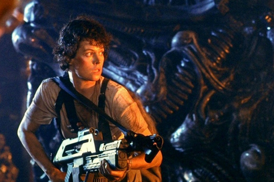 Alien | The 10 Best Space-Themed Movies Of All Times | ZestRadar