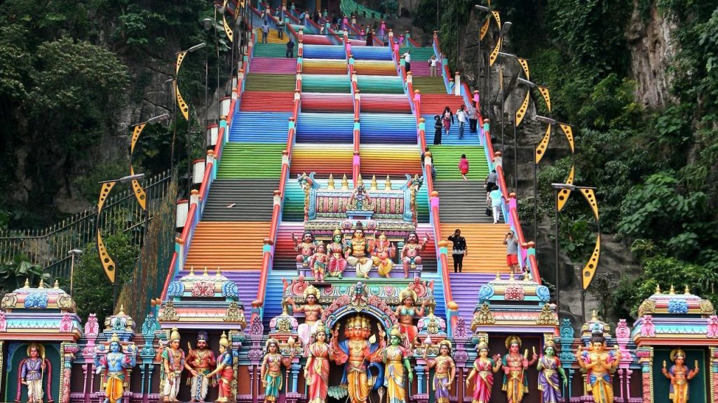 Batu Caves stairs | 15 Most Astonishing Staircases In the World | Brain Berries