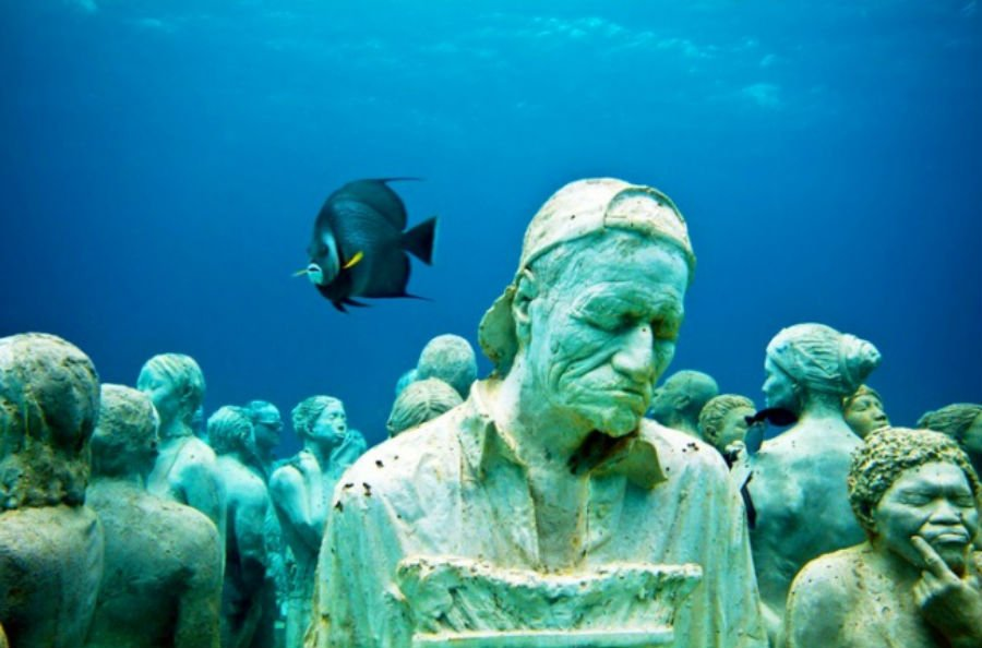 Underwater sculpture park | 9 Mysterious Underwater Objects Very Few People Know About | Brain berries