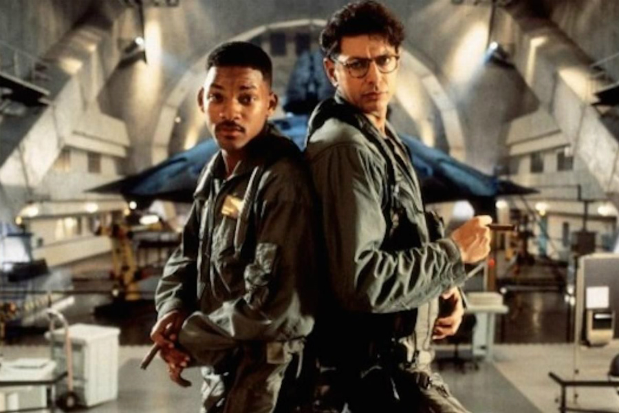 Independence Day | The 10 Best Space-Themed Movies Of All Times | ZestRadar