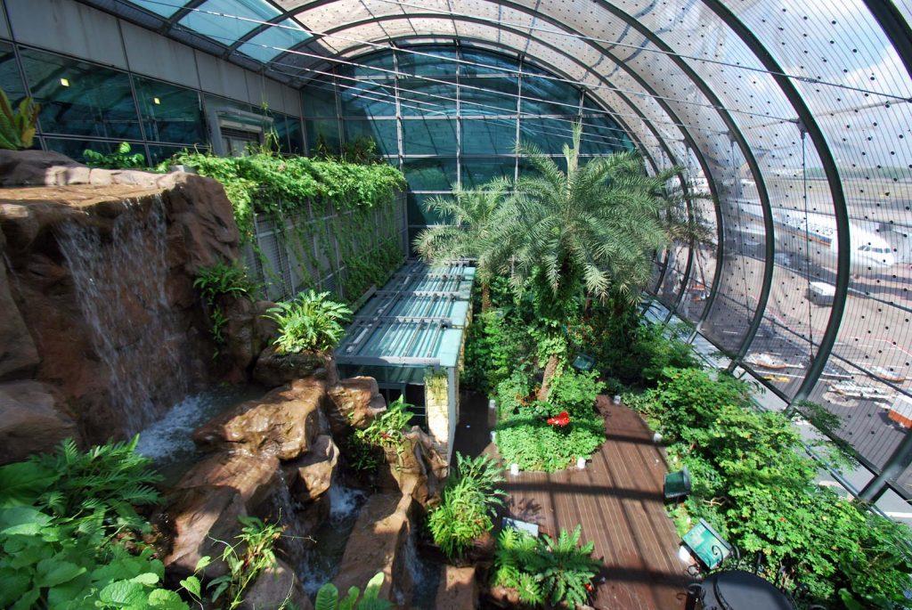 Top 7 Airports airport Kuala Lumpur International Airport | Brain Berries