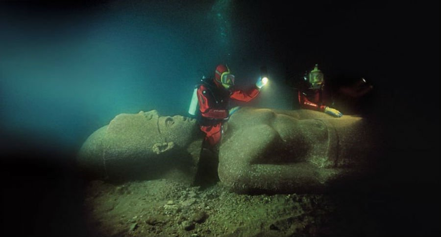 Lost City Of Heracleion | 9 Mysterious Underwater Objects Very Few People Know About | Brain berries