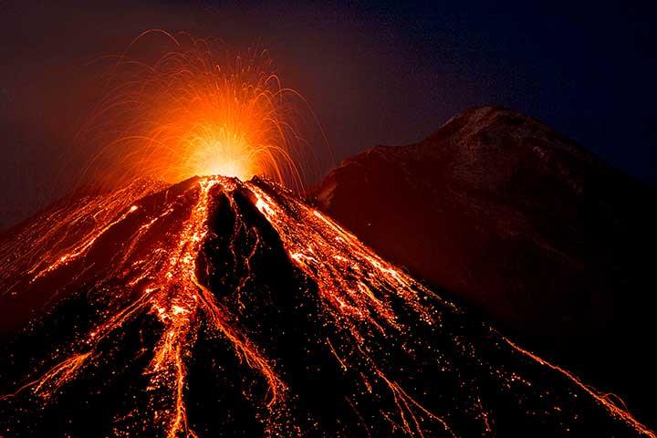Supervolcano Eruptions | 6 Apocalyptic Scenarios That Could (But Hopefully Won't) Happen Today | Brain Berries