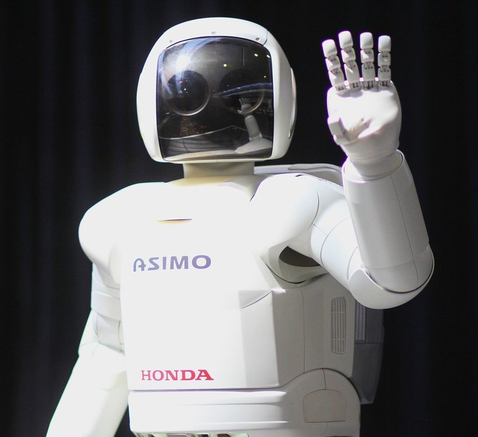 ASIMO robot | 8 Most Amazing Advanced Robots That Will Change Our World | Brain Berries