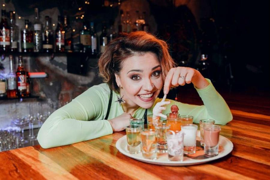 Бар в большом городе | 9 крутых шоу на русском YouTube | Brain Berries