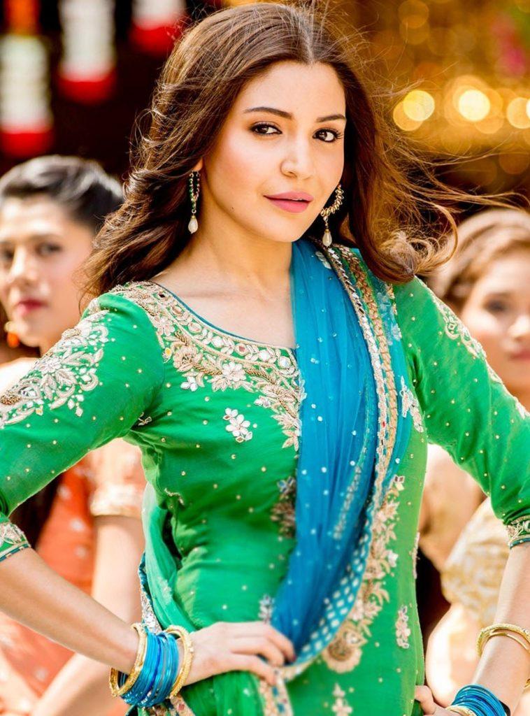 Anushka Sharma Bollywood| Top 10 Highest Paid Bollywood Actresses