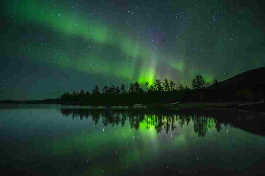 Finland | Contemplate Life at These 10 Stargazing Locations | Brain Berries