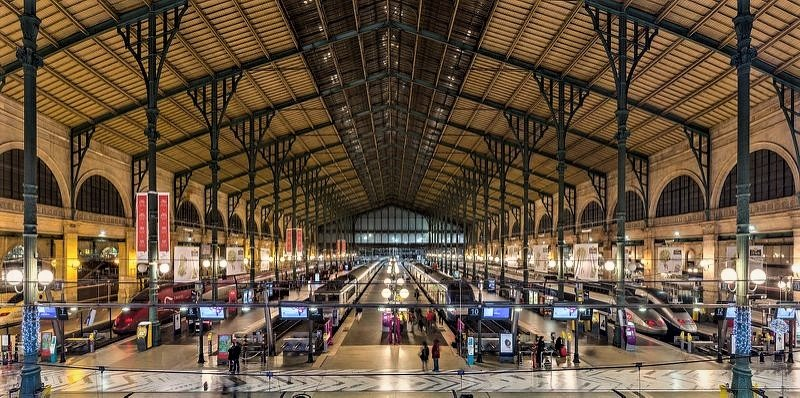 Gare du Nord, Paris inside | 7 Most Asntonishing Train Stations in the World | Brain Berries