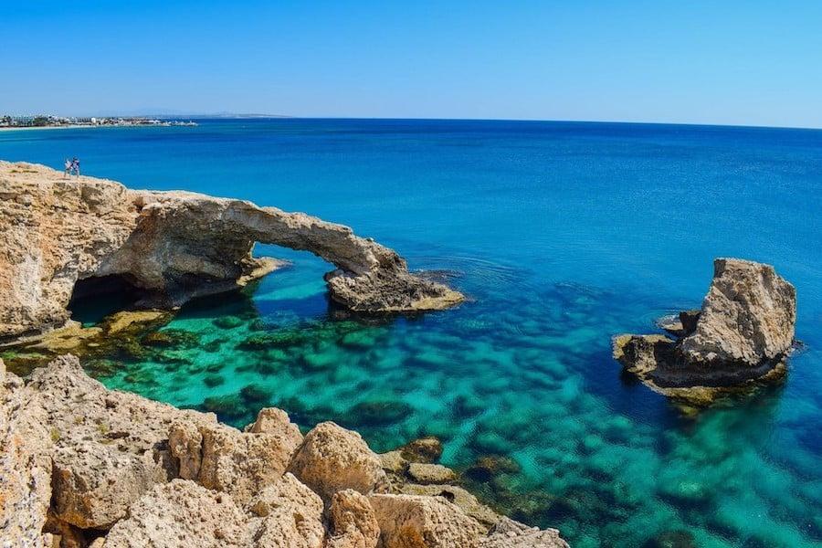 地中海|  世界上最肮脏的海洋中的10个  脑浆果